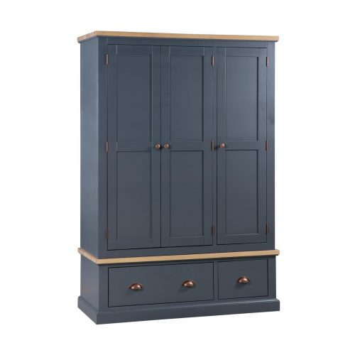 The Richmond Oak Collection Triple Over 3 Drawer Wardrobe